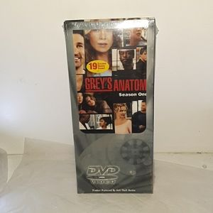 NWT Grey's Anatomy Season One